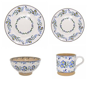 Nicholas Mosse Pottery Forget Me Not Place Setting