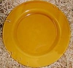 Pichon Uzes Lunch Plate, Gold