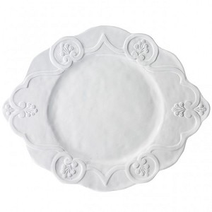 Bella Bianca Scalloped Charger