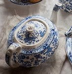 Blue Regal Peacock 5 Cup Teapot