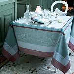 Amours Brume Tablecloths and Accessories