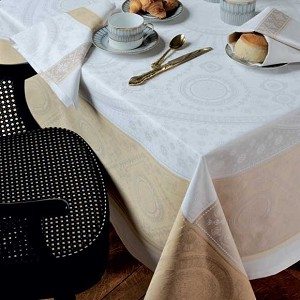 Imperatrice Gold Tablecloth and Accessories