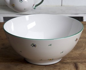 Scattered Blooms Salad Bowl