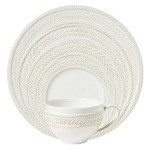 Le Panier Whitewash 5 Piece Place Setting