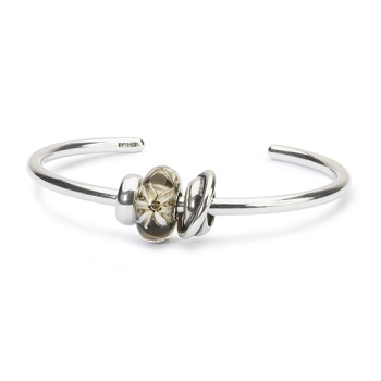 Elegant Perfection Bangle