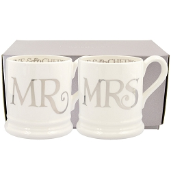 Silver Toast Mr & Mrs Set of 2 1/2 Pint Mugs