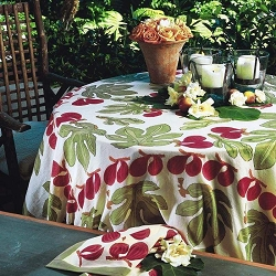 Fig Red and Green French Tablecloth 90