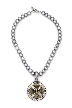 SIlver Pearls Necklace with Swarovski Cuvee B Medallion