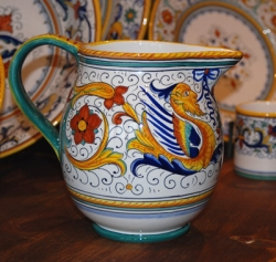 Raffaellesco Pitcher