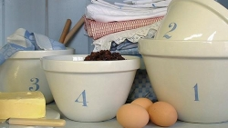 Natural White Mixing Bowl  Set/4 - Blue Numbers