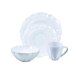 Hartland Scallop Cereal Soup Bowl Placesetting