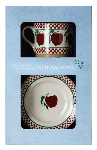 Apple Boxed Set Cup and Plate
