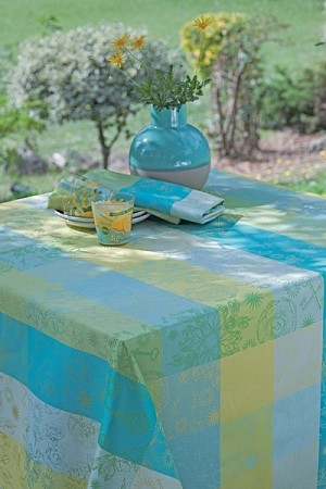 Mille Alcees Narcisse Tablecloth, 100% Cotton