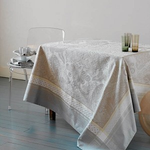 Isaphire Platine Tablecloth, 100% Cotton, Green Sweet