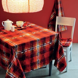 "Mille Panache Ara Tablecloth 71"" Round, Coated"