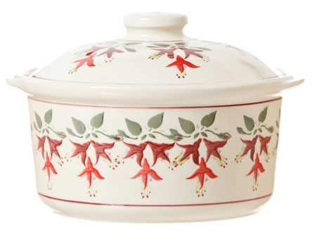 Fuchsia Medium Lidded Casserole
